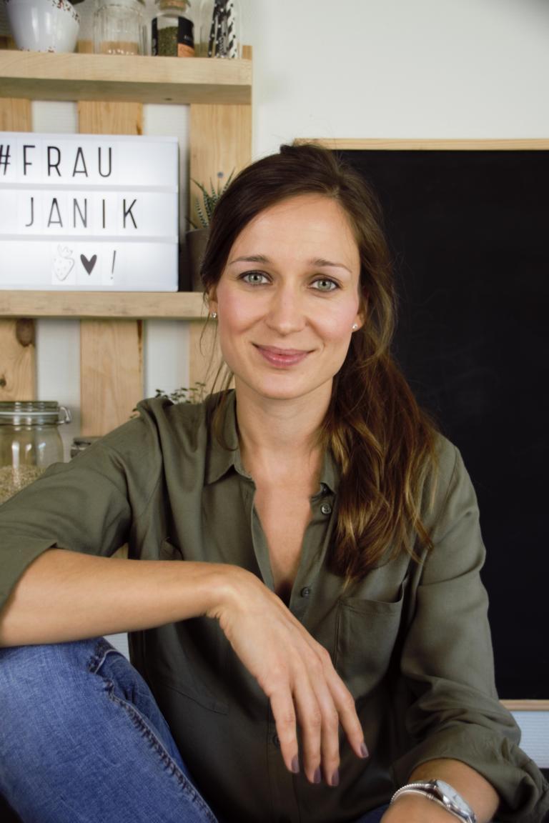 Frau Janik