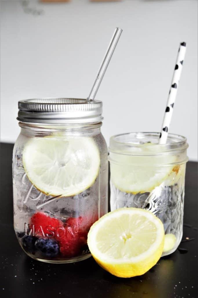 Infused Water & die Lebensmittelpyramide Stufe der Getränke - Frau Janik