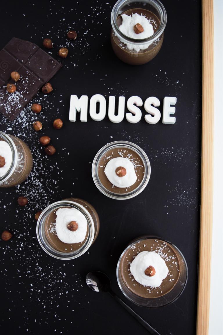 Schokomousse-Nutellastyle, Schokoladenmousse, vegan, Frau Janik, Schokomousse aus dem Mixer