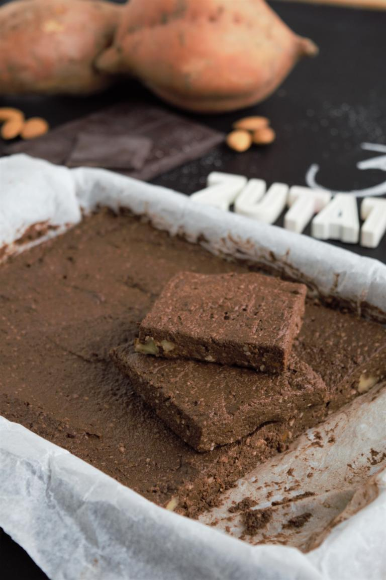 gesunde 3 Zutaten Brownies vegan & glutenfrei, frau janik