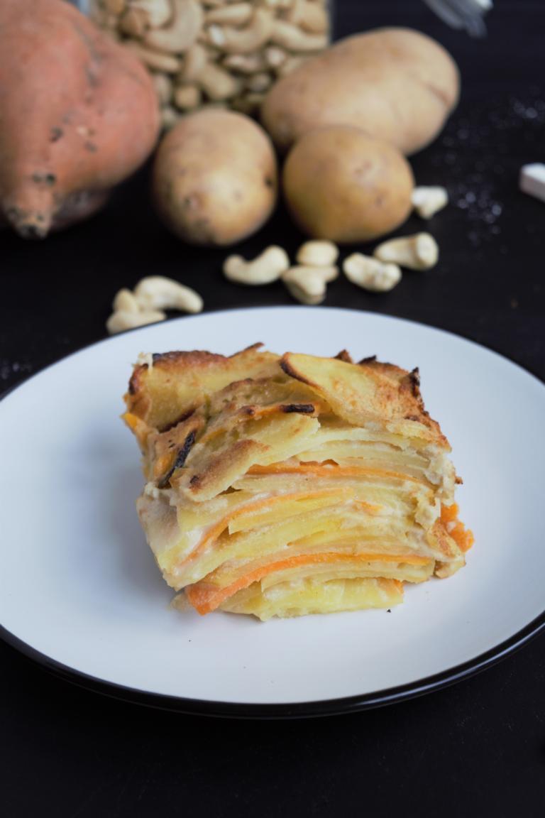 veganer Kartoffelgratin mit Cashews, frau janik, süßkartoffel, kartoffelauflauf